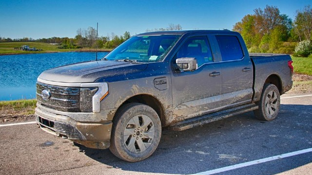 2023 Ford F-150 Lightning electric