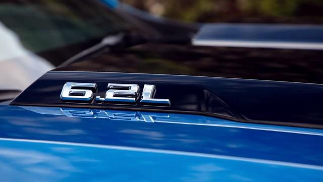 2023 Chevrolet Silverado ZR2 engine